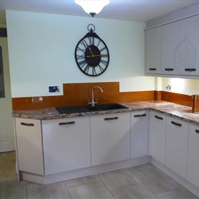 Mr & Mrs Bakewell kitchen 2
