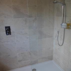 Mr and Mrs James Bathroom 4