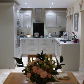 Mr & Mrs Knight kitchen